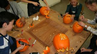 Pumpkin cutting for the Halloween party